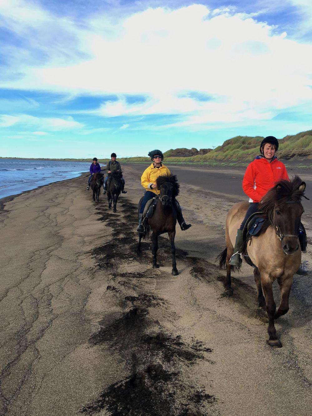 teri_horsebackriding+_Iceland_spiritedtable_photo5.jpg