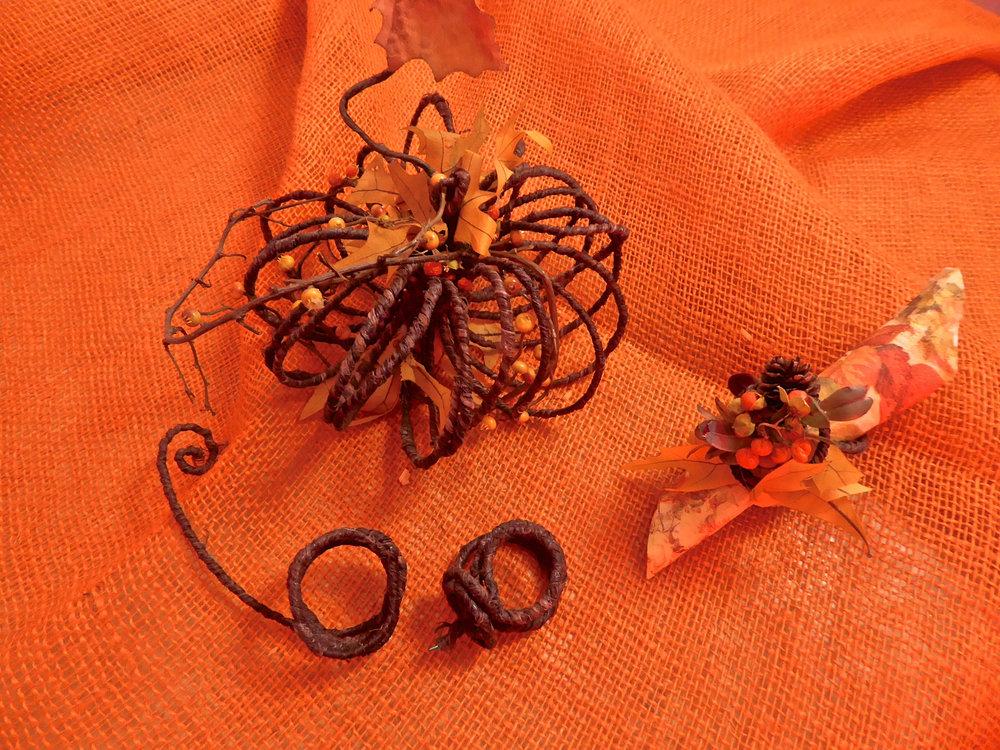 ardith_pumpkin_napkinrings_spiritedtable_photo2.jpg