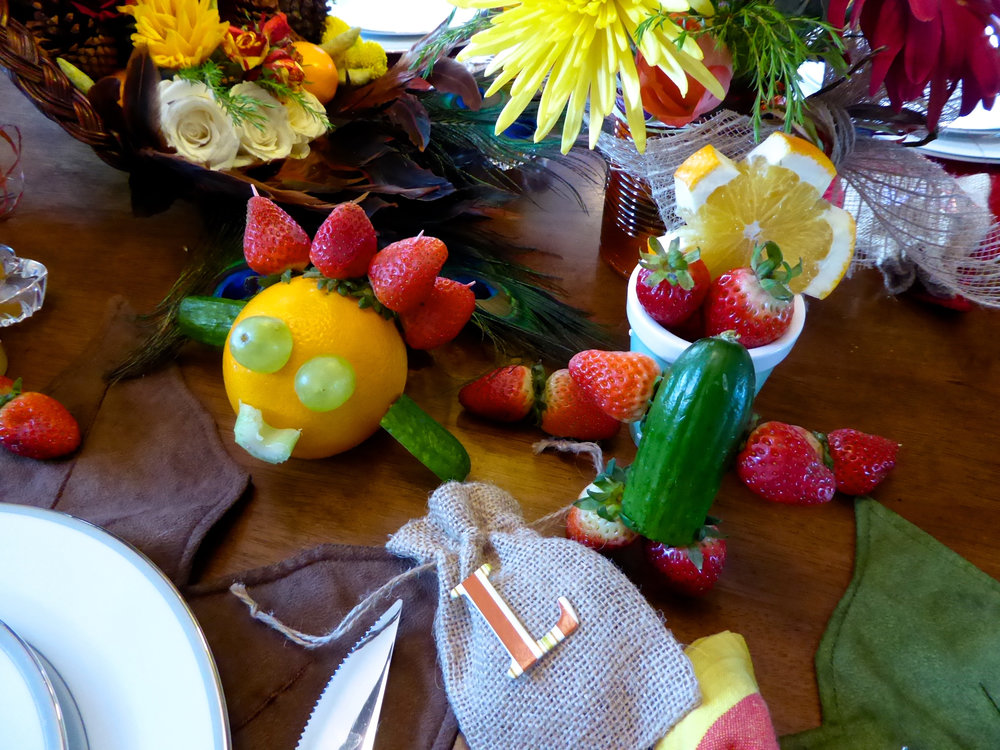 cindi_santabarbara_thanksgiving_kids_tablesettings_spiritedtable_photo.11.jpg