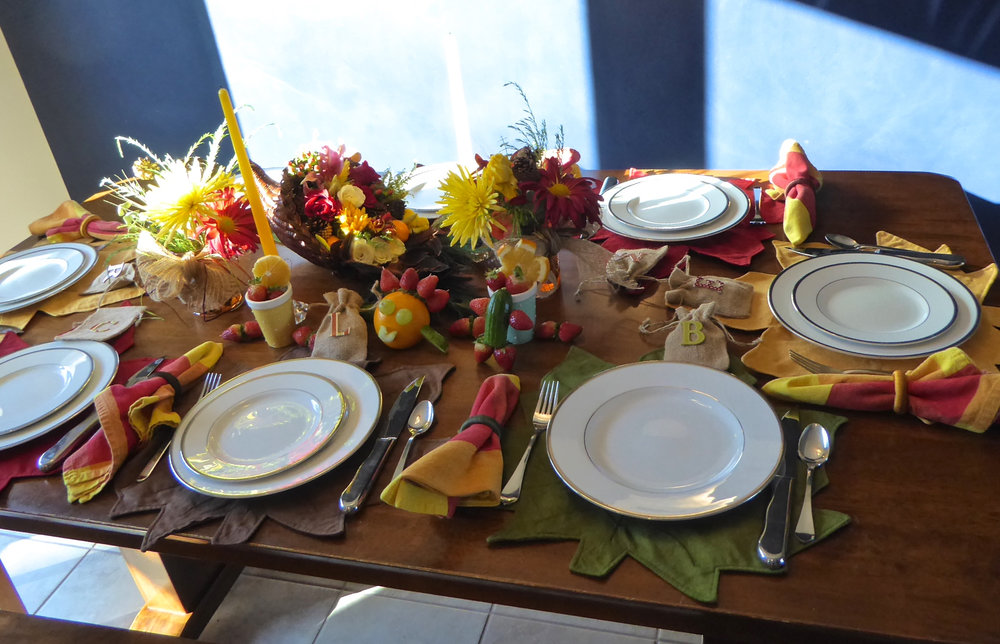 cindi_santabarbara_thanksgiving_kids_tablesettings_spiritedtable_photo.06.jpg