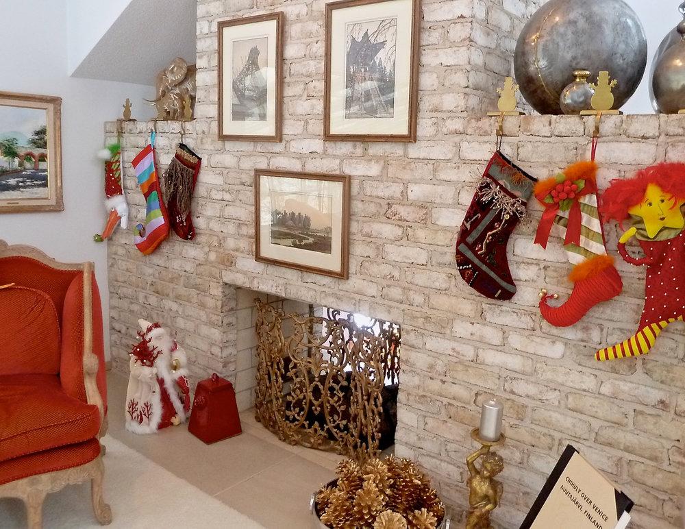 cindi_christmas_stocking_fireplace_spiritedtable_photo1.jpg