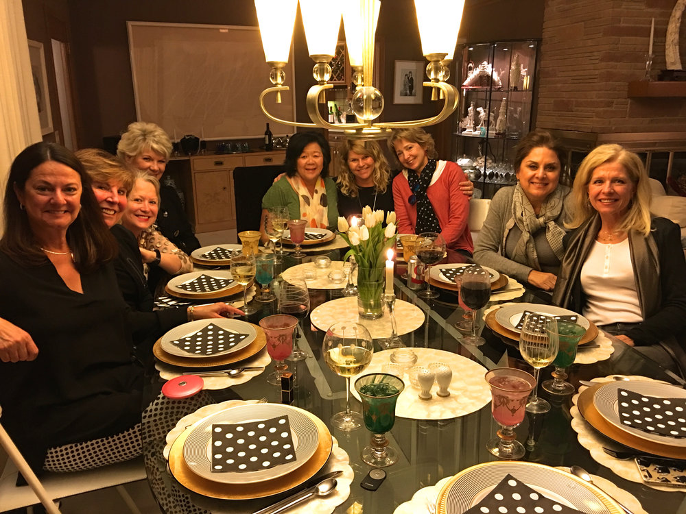 Teri_W3bookclub_Laura_TheCircle_spiritedtable_photo17.jpg