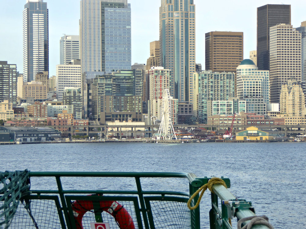 cindi_seattle_skyline_spiritedtable_photo.jpg