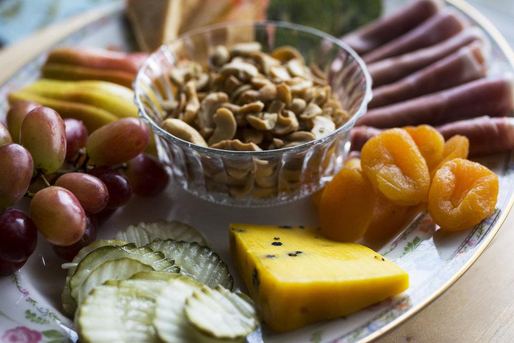 kristine_cheeseboard_snacks_cashew_recipe_spiritedtable_photo4.jpg