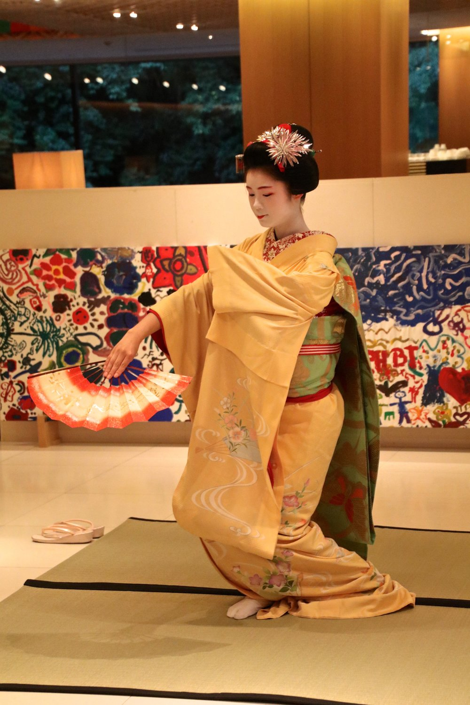 teri_kyoto_Maikodancing_spiritedtable_photo2.jpg