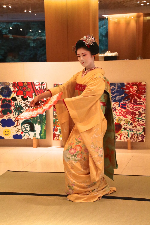 teri_kyoto_Maikodancing_spiritedtable_photo3.jpg