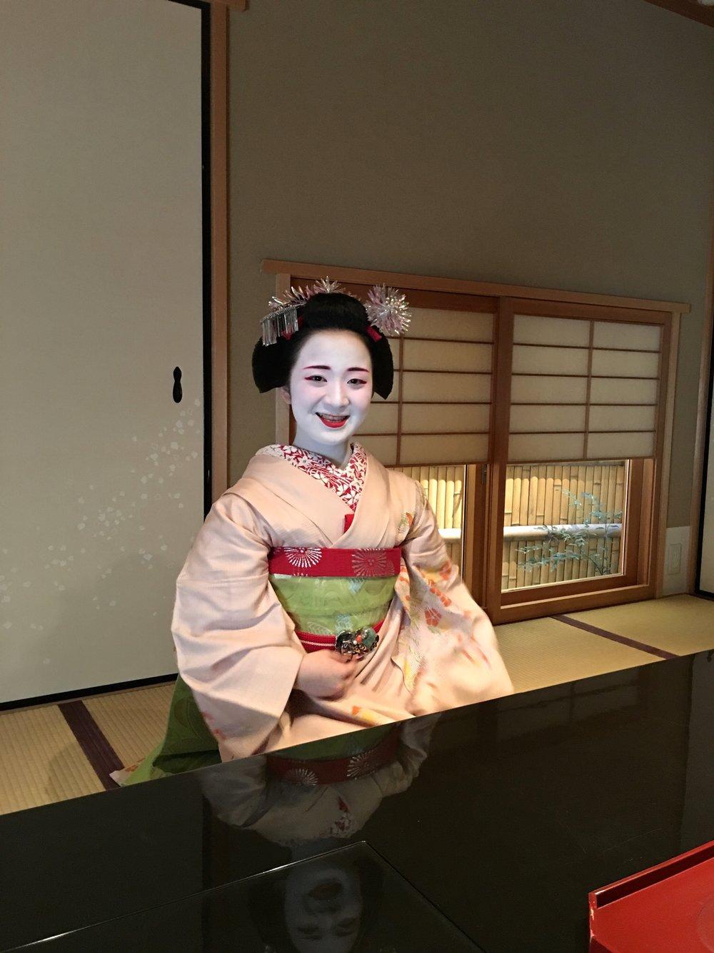 teri_Japan_Kyoto_Maiko_dinner_spiritedtable_photo5.jpg