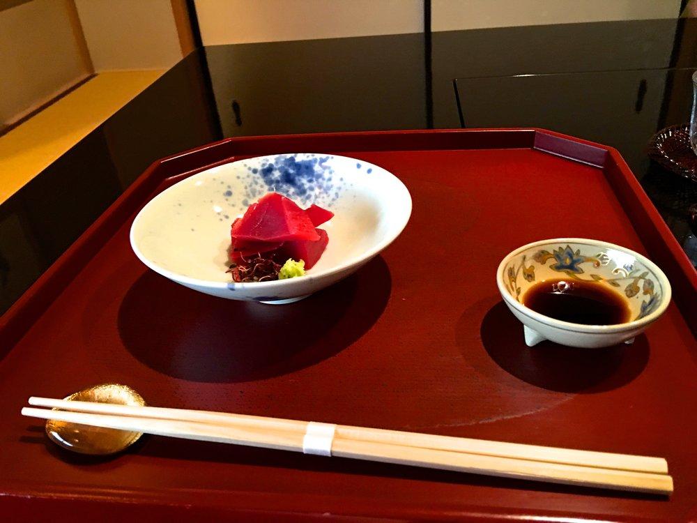 teri_Japan_Kyoto_Maiko_dinner_spiritedtable_photo4.jpg