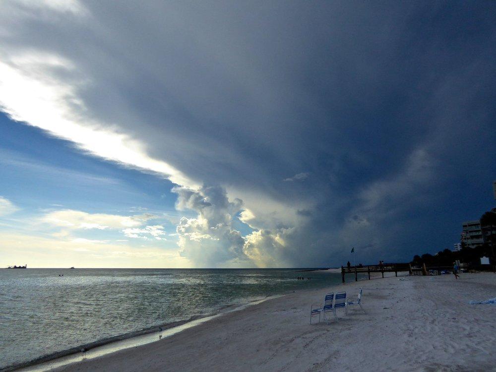 cindi_longboatkey_beach_stormclouds_spiritedtable_photo1.jpg