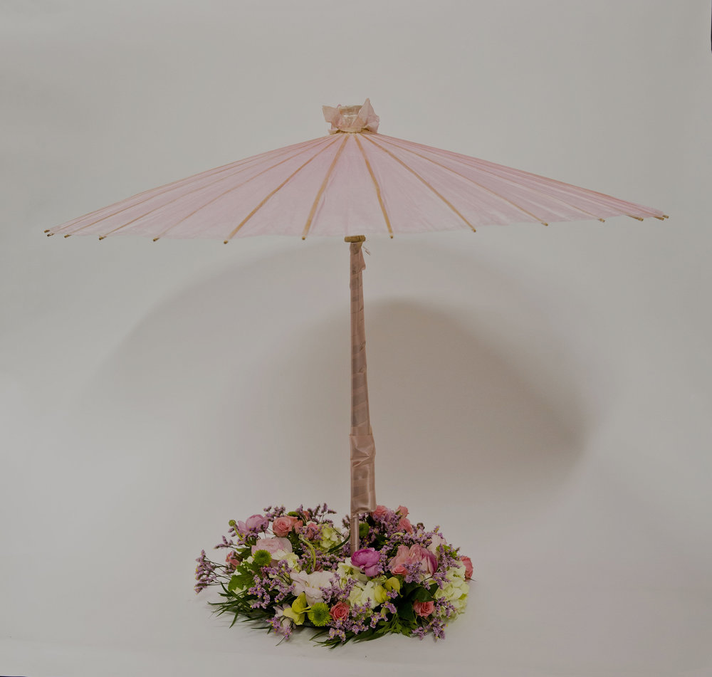 ardith_fans&flowers_spiritedtable_photo1.jpg