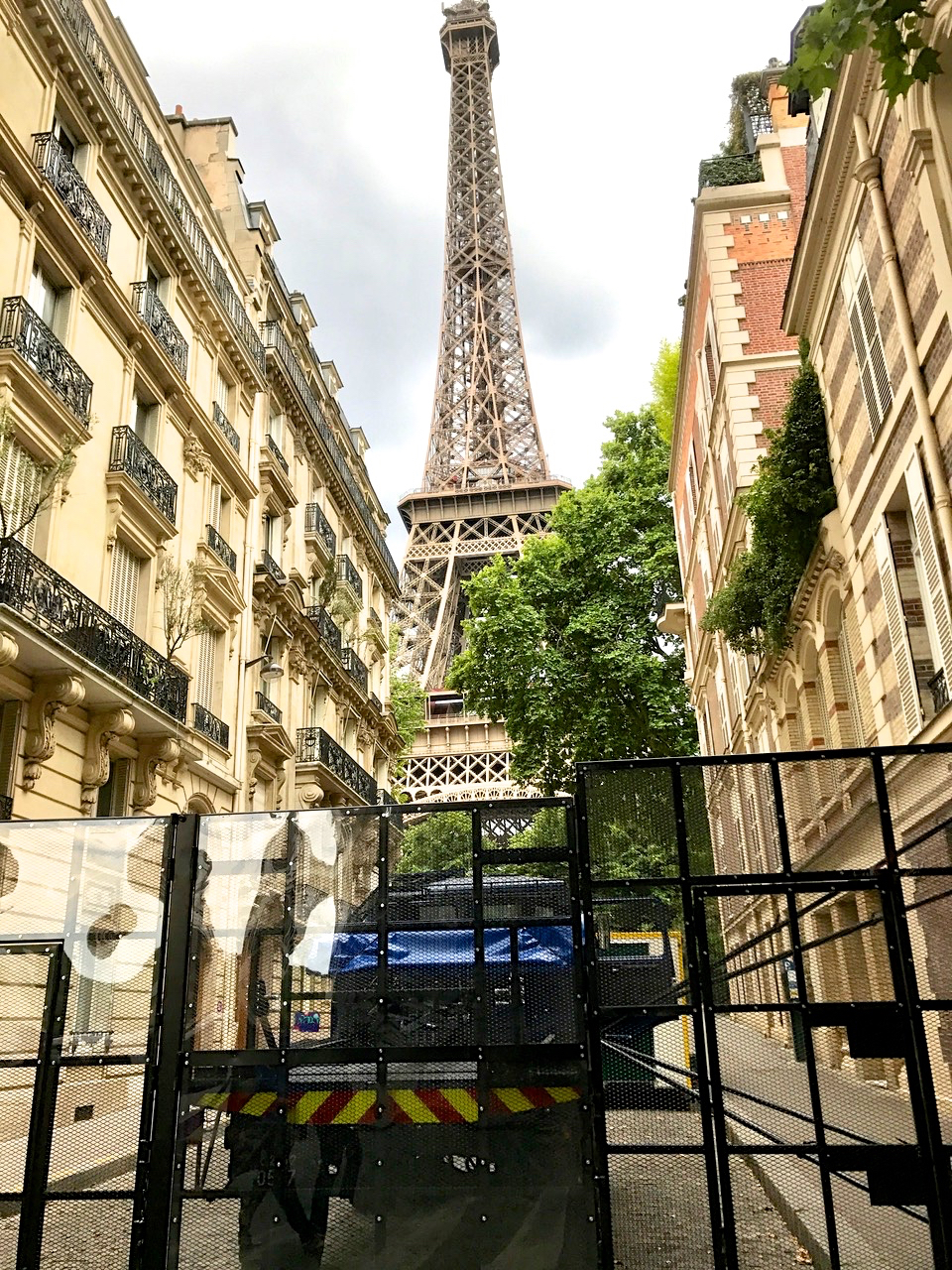 Eiffel Tower Closed for Trump Visit (image courtesy of Lisa Michaux)