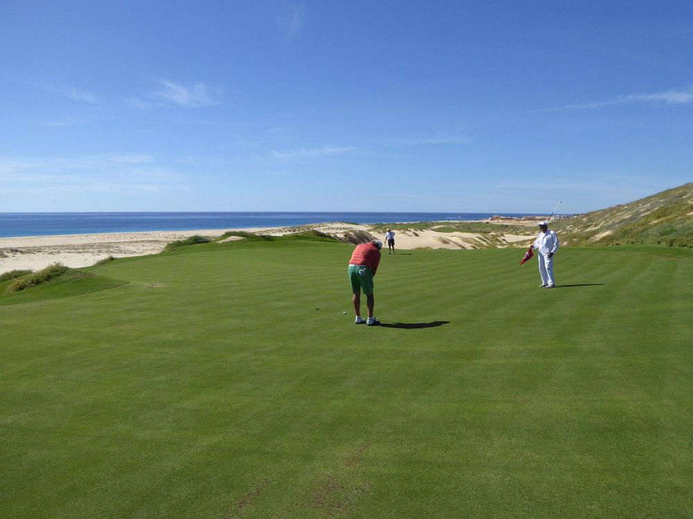 cindi_cabosanlucas_Lagoon_golf_beach_spiritedtable_photo22.jpg