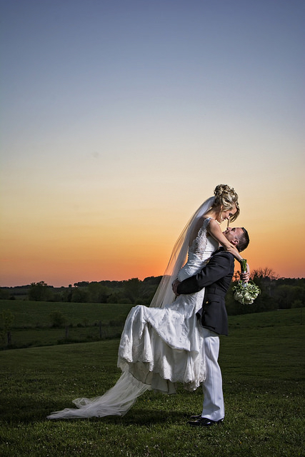 kristine_wedding_Caroline&Ryan_marriage&party_spiritedtable_photos01.jpg