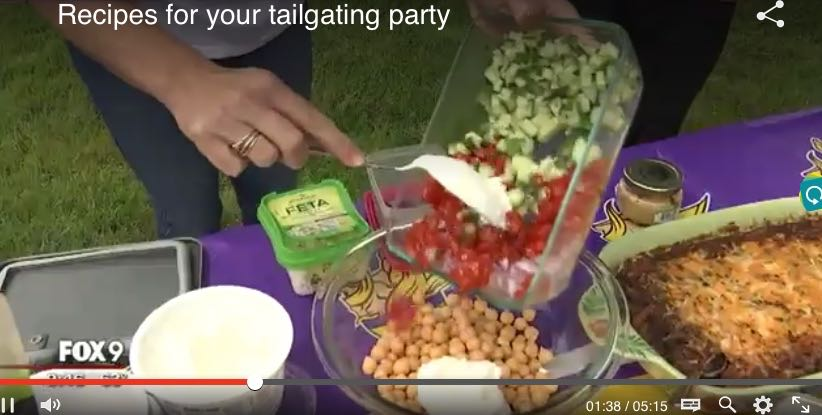 christina_fox9_tailgating_spiritedtable_photo11.jpg