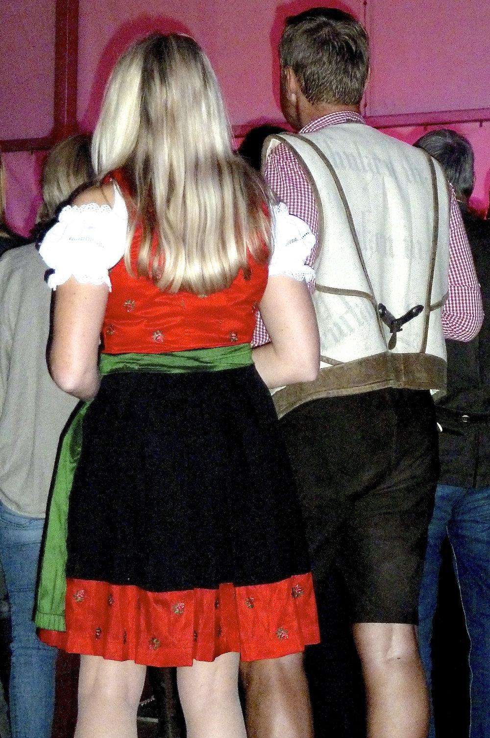 cindi_Oktoberfest_Fontana_Austria_spiritedtable_photo.2.jpg