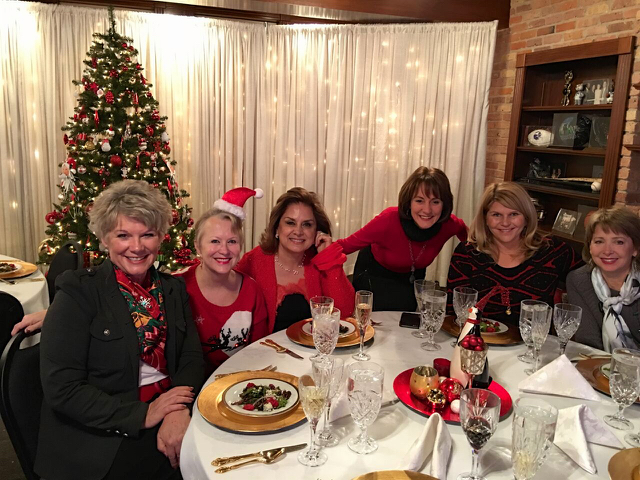 Teri_cupofChristmastea_W3BookClub_spiritedtable_photo05.jpg