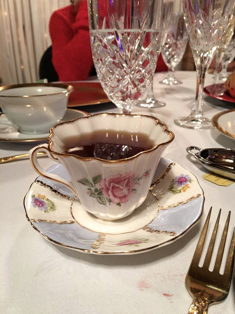 Teri_cupofChristmastea_W3BookClub_spiritedtable_photo15.jpg