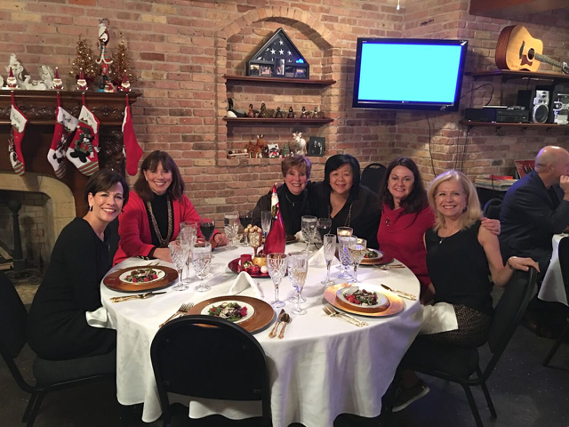 Teri_cupofChristmastea_W3BookClub_spiritedtable_photo35.jpg