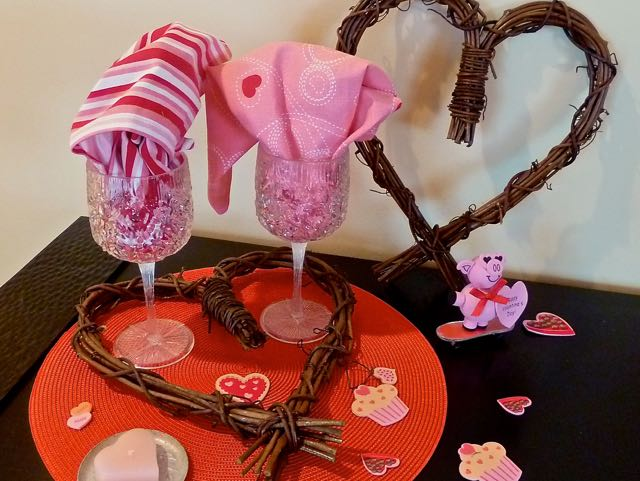 cindi_valentine_pig&hearts_spiritedtable_photo1.jpg
