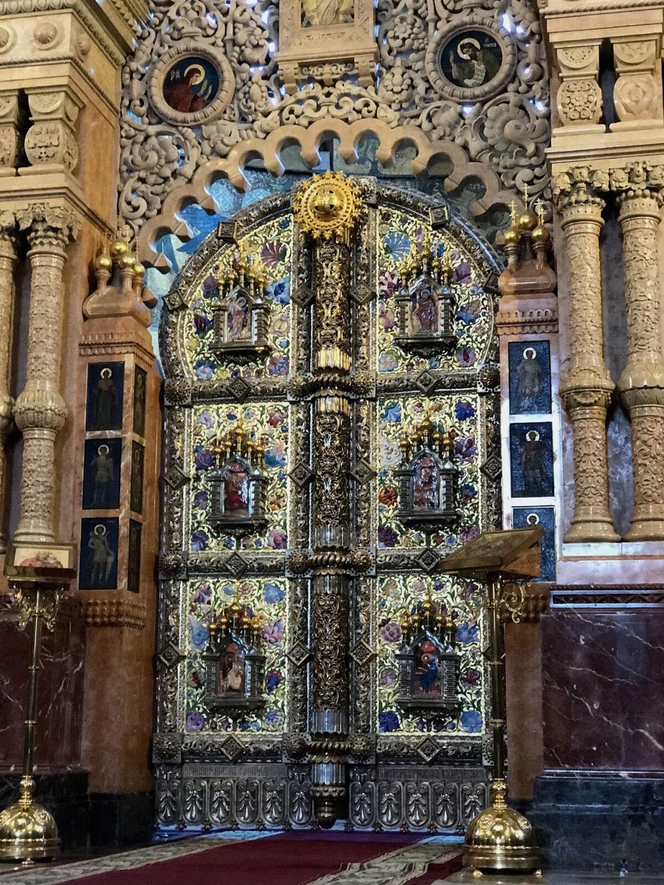teri_St.Petersburg_St.Isaacs_Churchofspilledblood_travel_spiritedtable_photo15.jpg