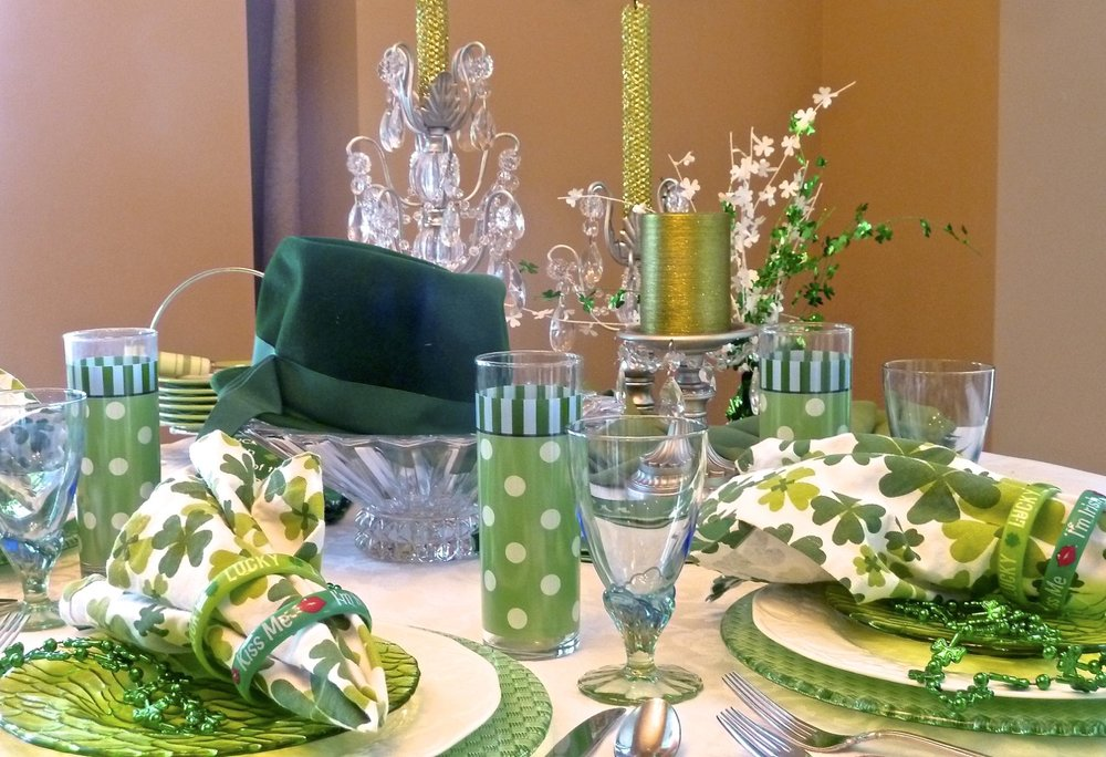 cindi_StPatty'sDay_spiritedtable_photo1.jpg