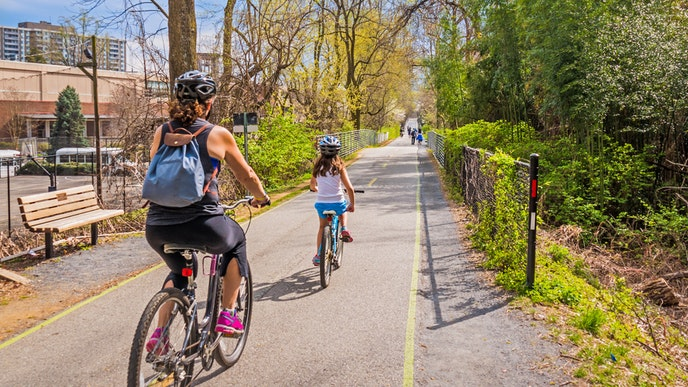 Photo by Leigh Trail/Shutterstock    Bikers along the Capital Crescent Trail in Washington, D.C.