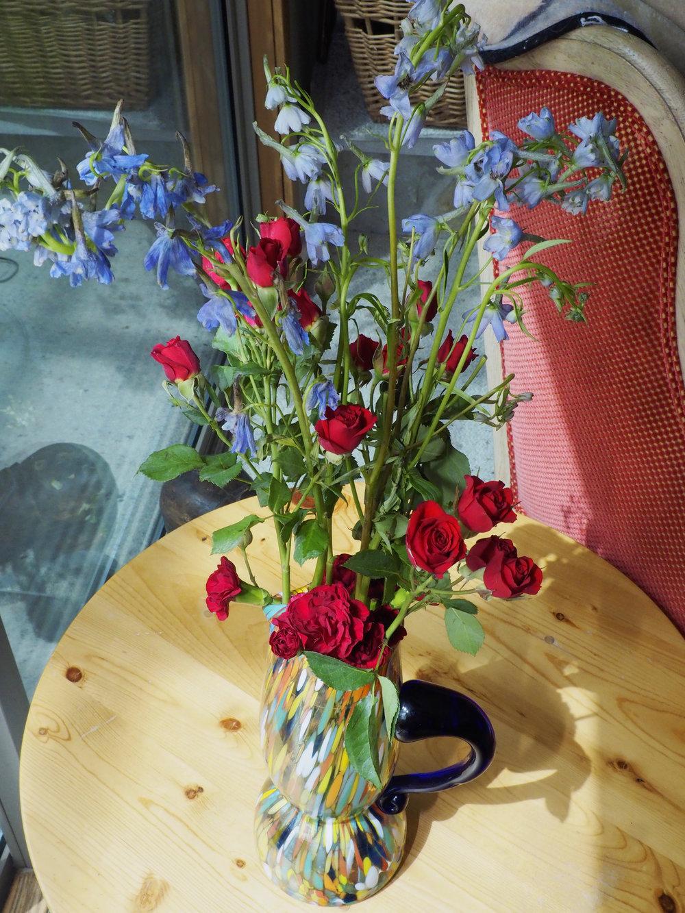 cindi_mixedflowers_spiritedtable_photo1.jpg
