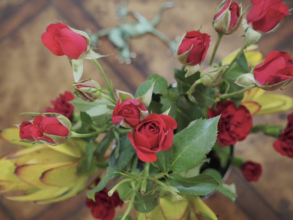 cindi_roses_spiritedtable_photo3.jpg