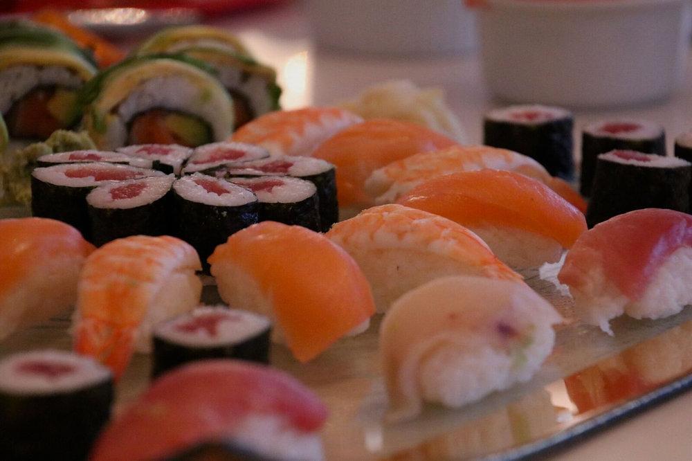 teri_food_aroundtheworldin80days_W3Bookclub_spiritedtable_photo05.jpg