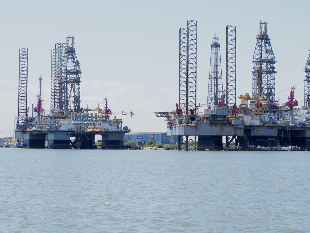 Drilling Rigs under repair