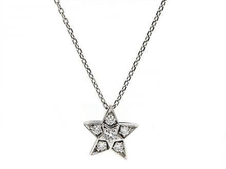 product-509520-chanel_com_te_diamond_pendant_in_18k_white_gold-0-06302016132536-440x330.jpg
