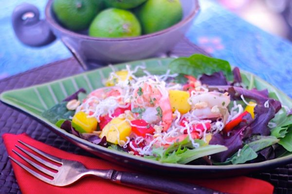 mango-prawn-salad-with-rice-noodles-600x399.jpg