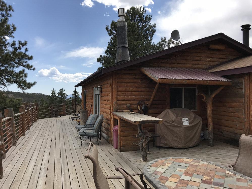 Teri_cabinquest_mountains_colorado_spiritedtable29.jpg