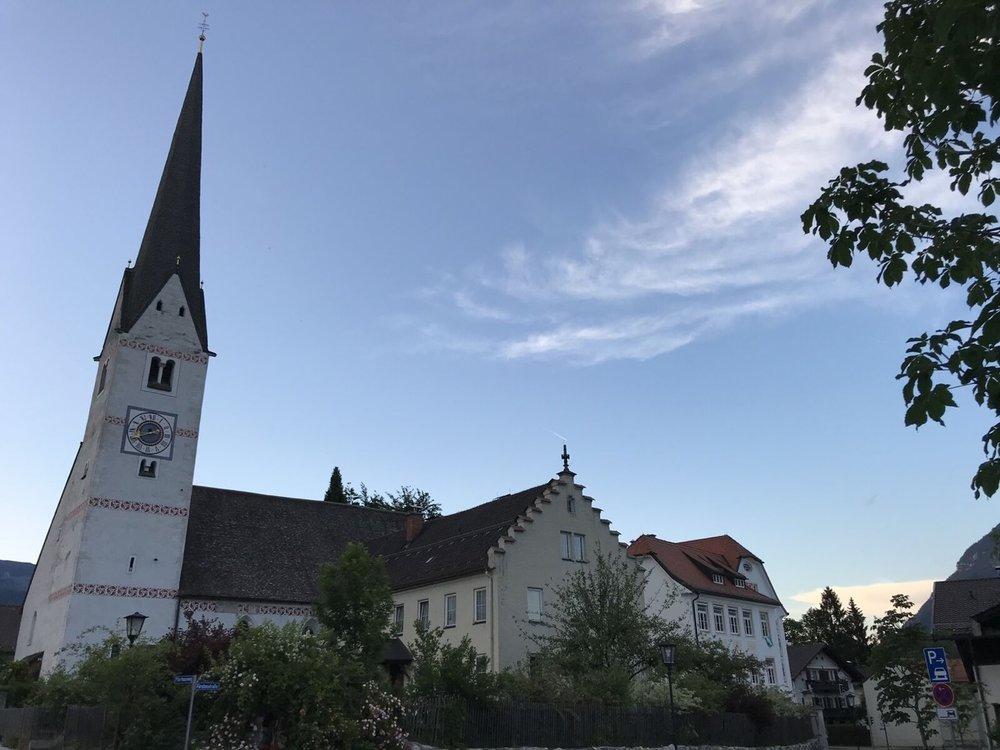 Teri_Garmisch_01_dinner_spiritedtable_photo18.jpg