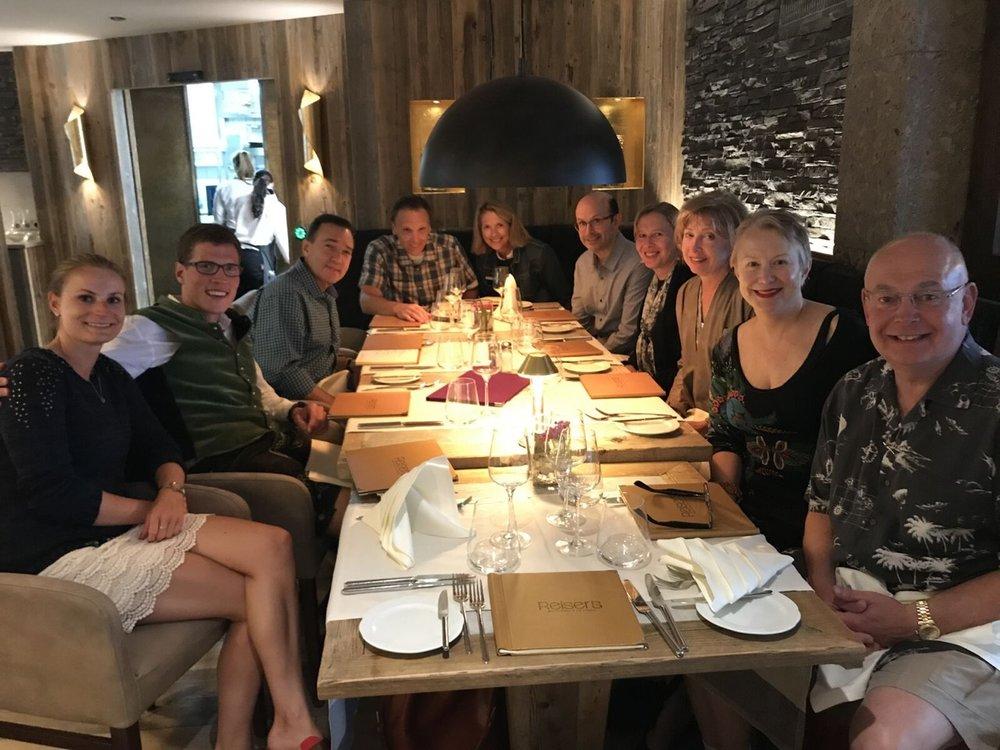 Teri_ 04_dinner_bavaria_Georg&Elise_spiritedtable_photo03.jpg