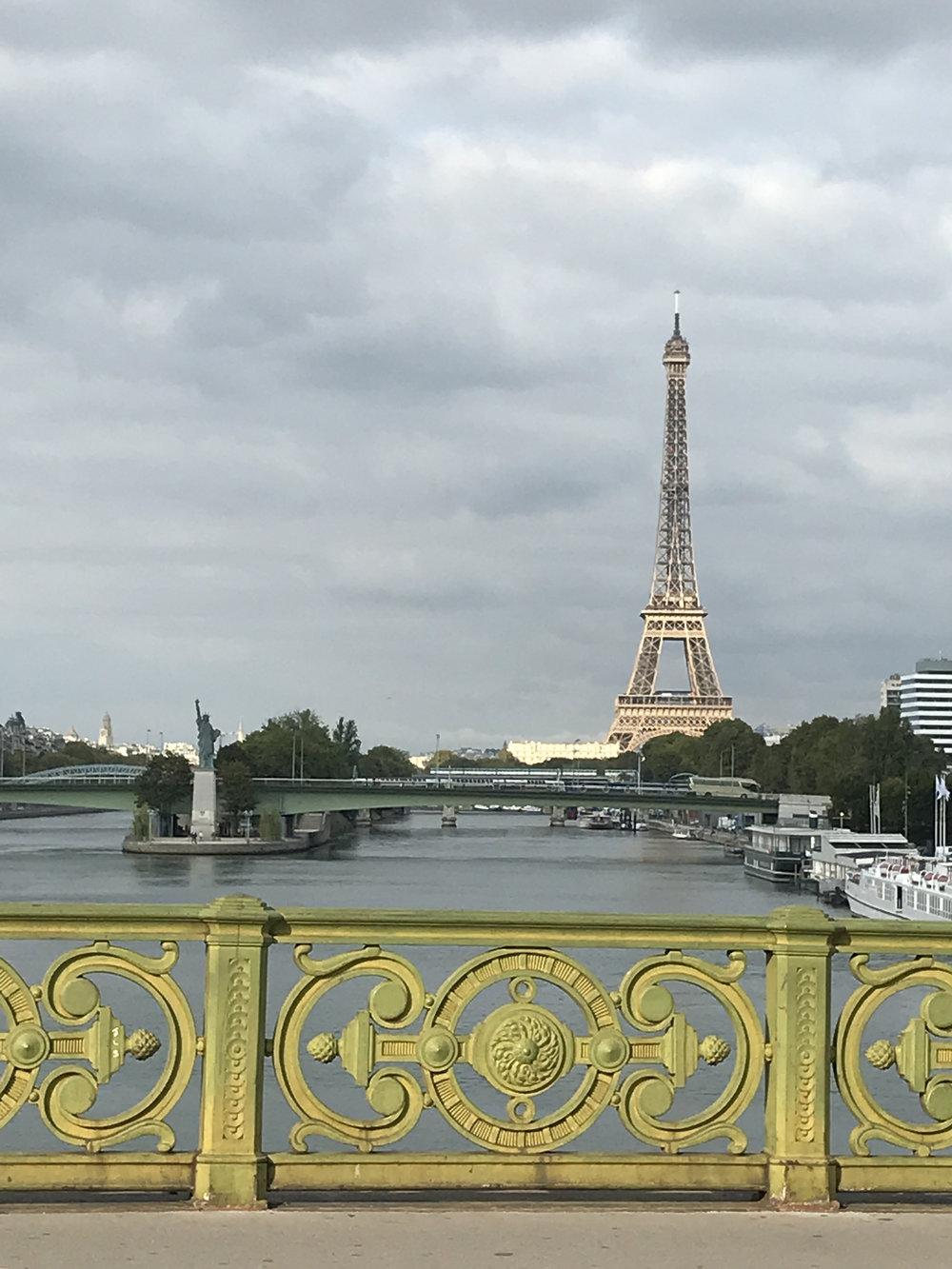 teri_Paris_laura'sbd_monet_giverny_l'orangerie_spiritedtable_photo02.jpg