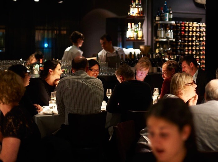 2_australia_luxury_dining.jpg