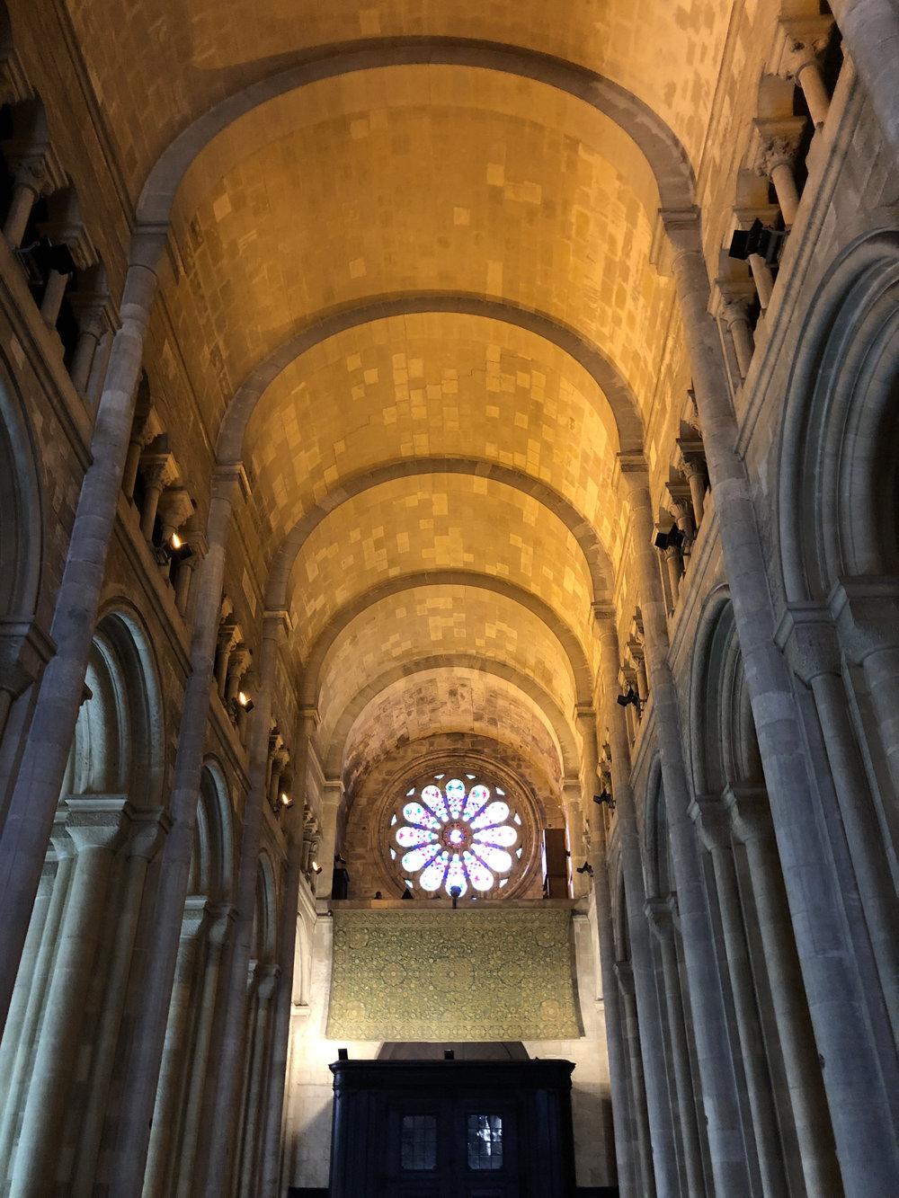 teri_lisbon_portugal_cathedral_spiritedtable_photo08.jpg