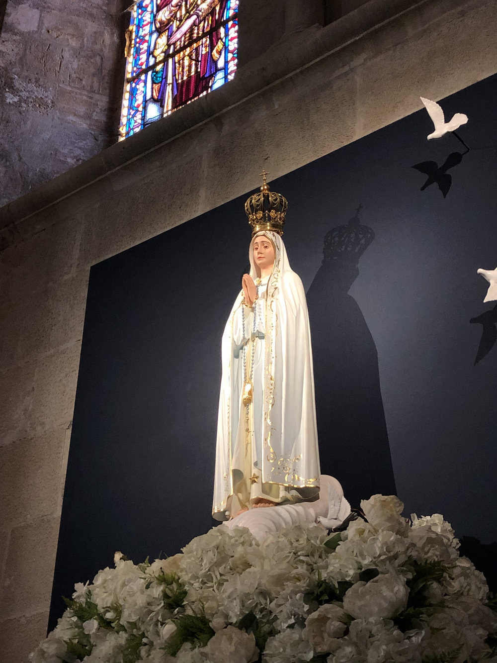teri_lisbon_portugal_cathedral_spiritedtable_photo10.jpg