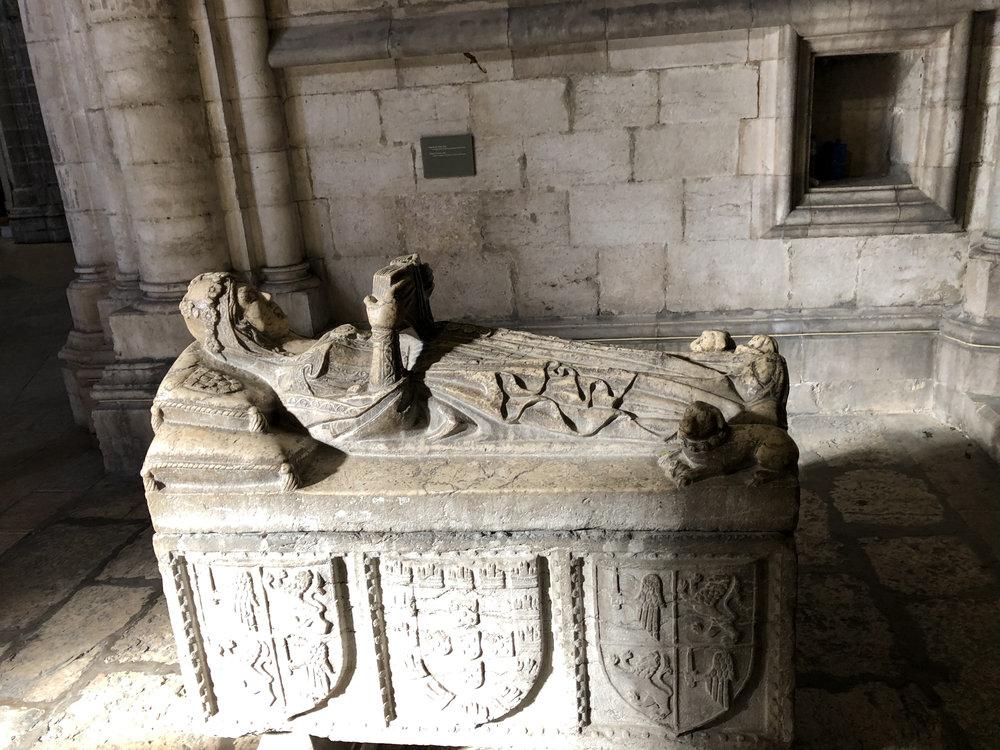 teri_lisbon_portugal_cathedral_spiritedtable_photo11.jpg