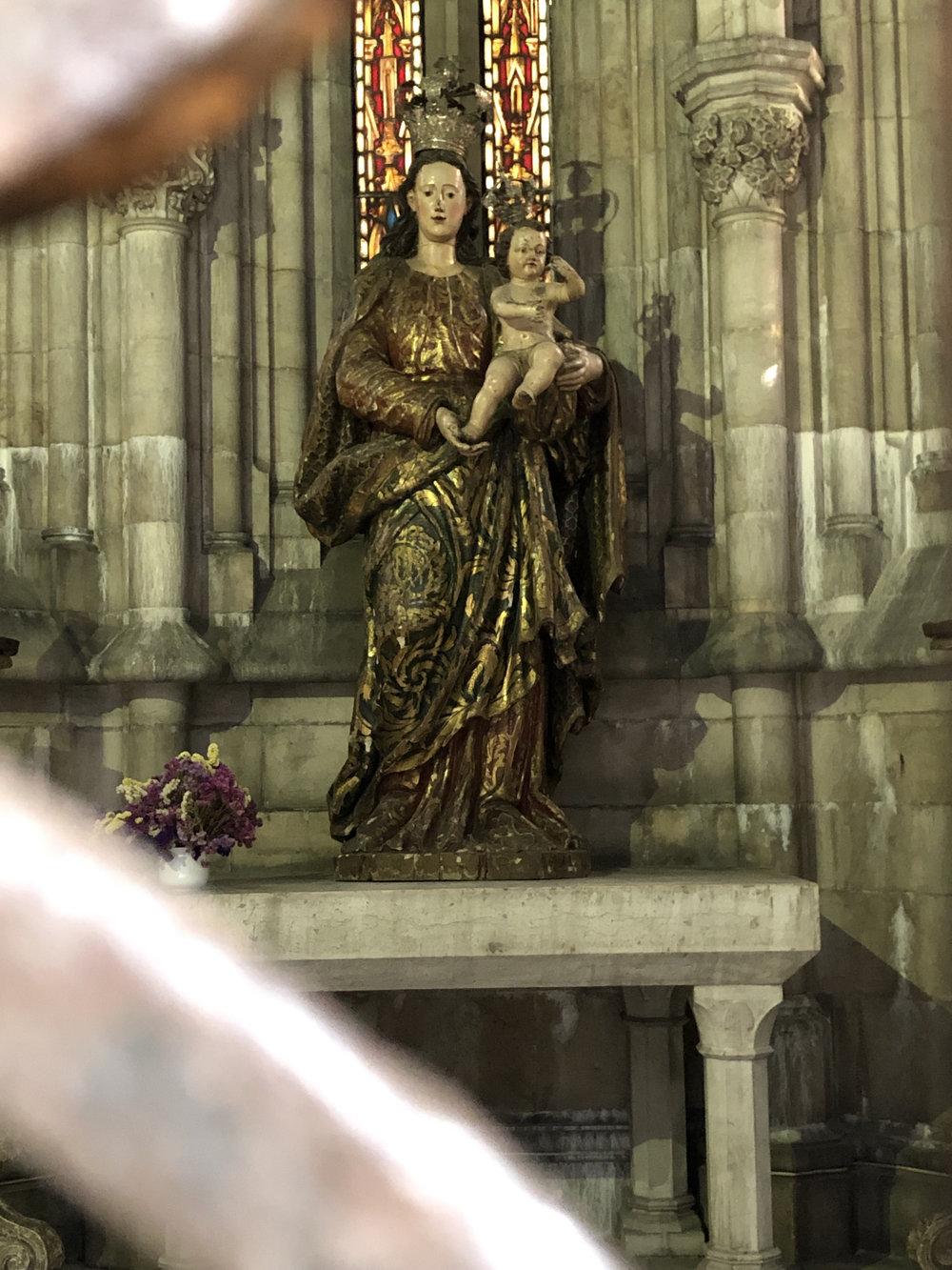 teri_lisbon_portugal_cathedral_spiritedtable_photo13.jpg