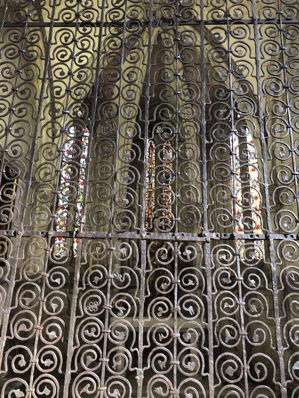 teri_lisbon_portugal_cathedral_spiritedtable_photo14.jpg