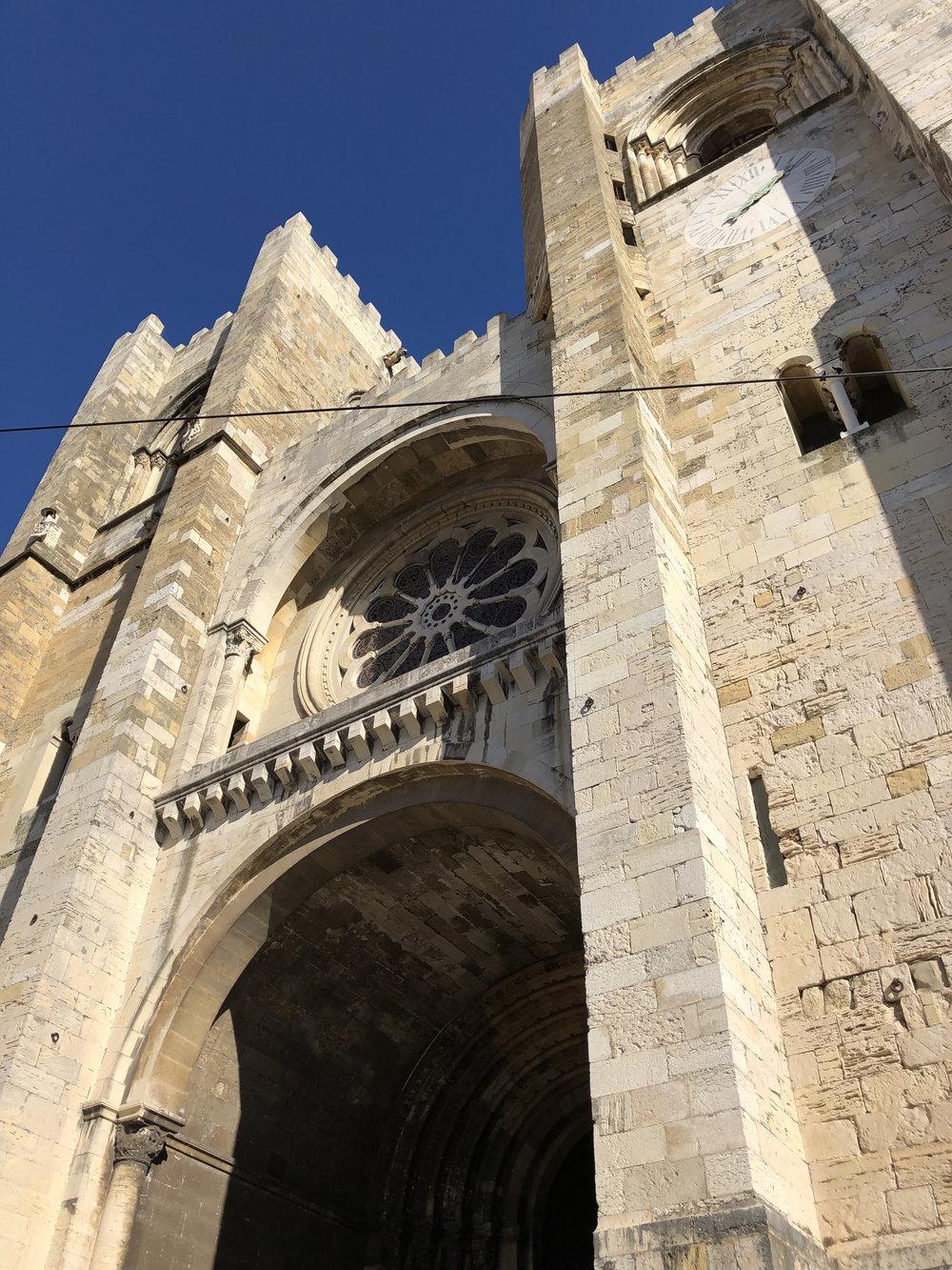 teri_lisbon_portugal_cathedral_spiritedtable_photo21.jpg