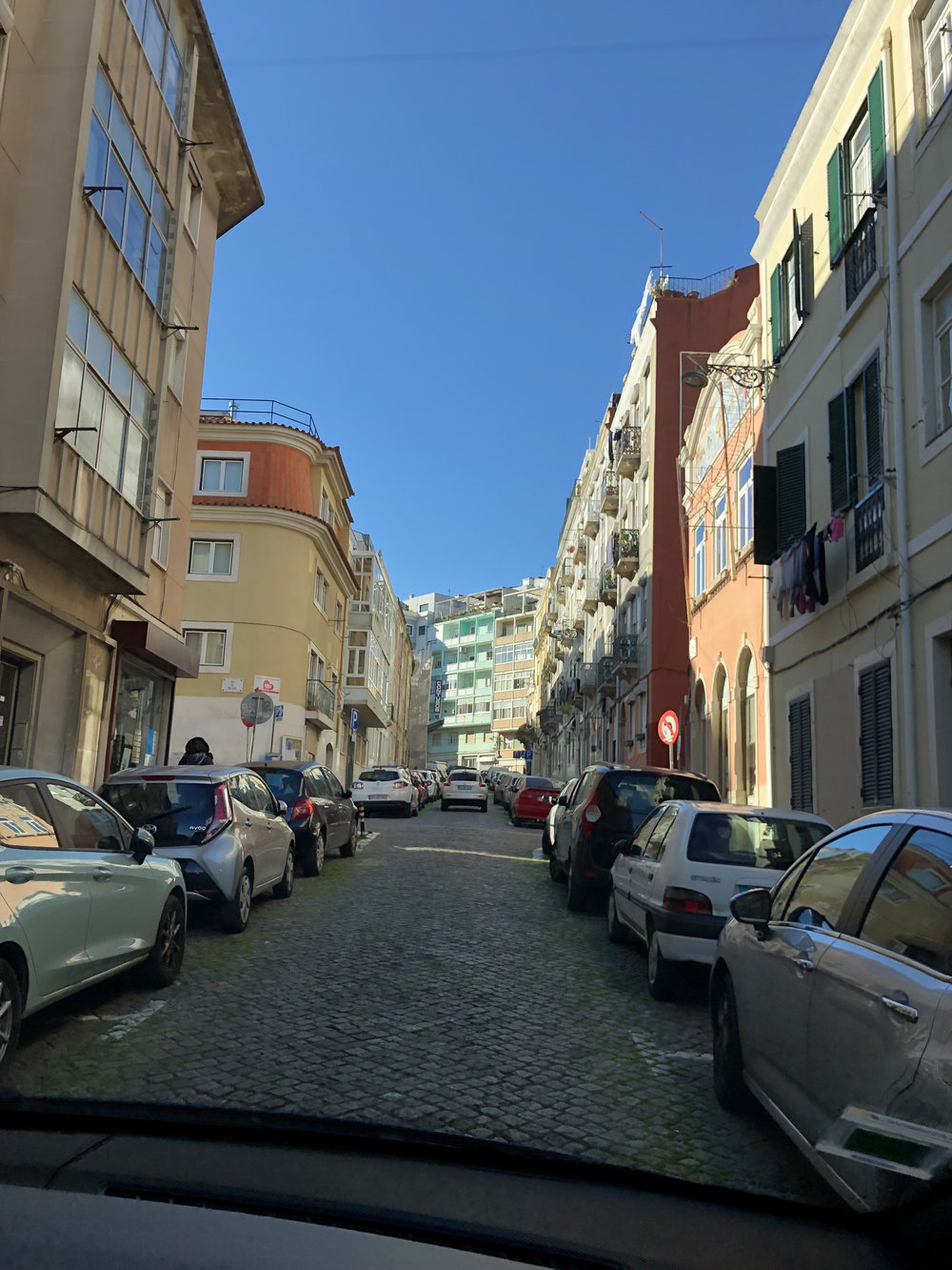 teri_lisbon_portugal_Graça_spiritedtable_photo2.jpg
