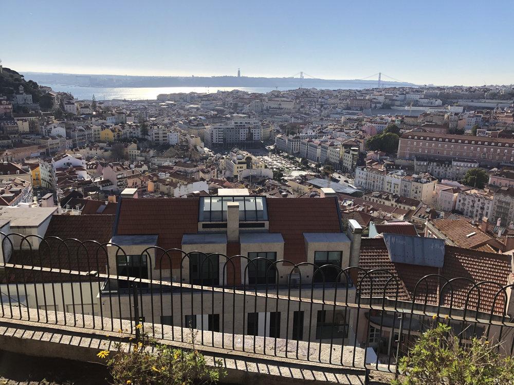 teri_lisbon_portugal_Graça_spiritedtable_photo4.jpg
