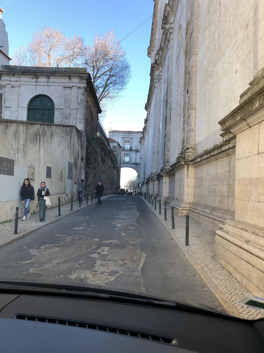 teri_lisbon_portugal_Graça_spiritedtable_photo6.jpg