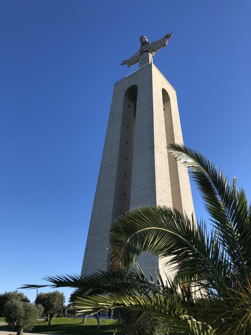 teri_lisbon_portugal_christtheking_statue_spiritedtable_photo2.jpg