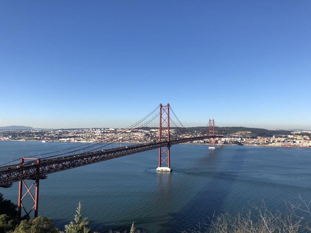 teri_lisbon_portugal_christtheking_statue_spiritedtable_photo4.jpg