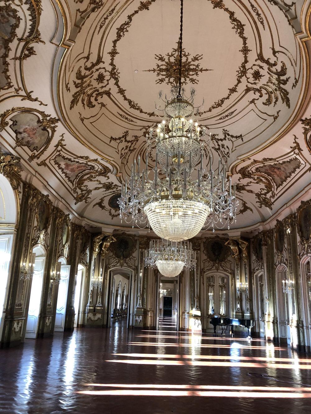 teri_lisbon_portugal_palaceofquelez_spiritedtable_photo02.jpg
