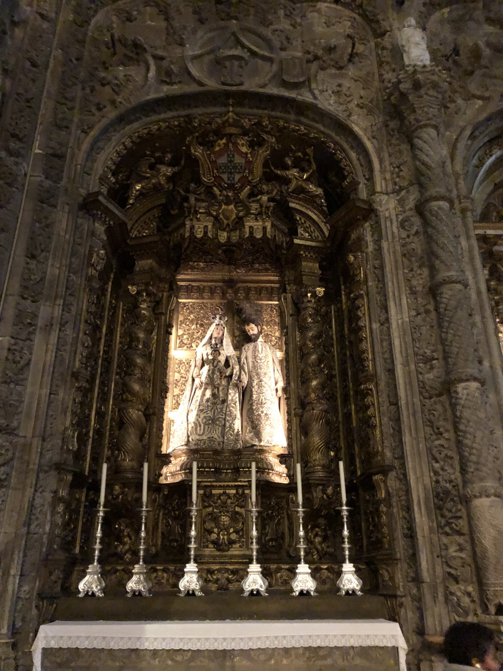 teri_lisbon_portugal_JeronimosMonastery_spiritedtable_photo04.jpg
